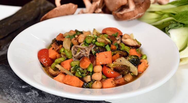 Cancer-fighting soup: Miso noodle and vegetable recipe
